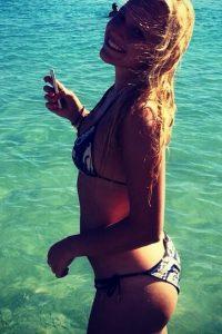 Donna Vekic hot beach