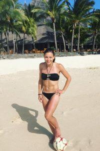 Laure Boulleau beach soccer