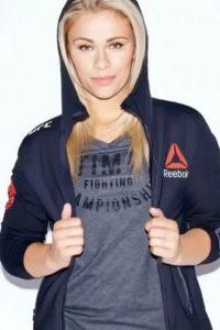 Paige Van Zant sport girl