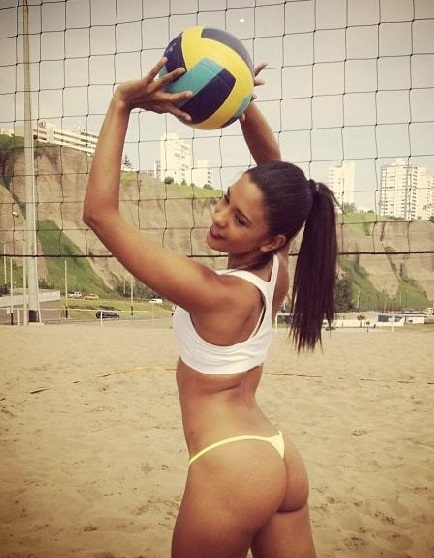 Rocio Miranda volleyball girl