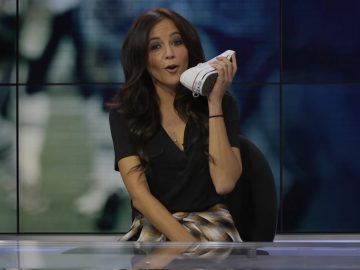Kay Adams sexy and hot TV anchor